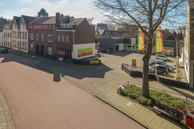 Bekijk foto 2 van Laanderstraat 81