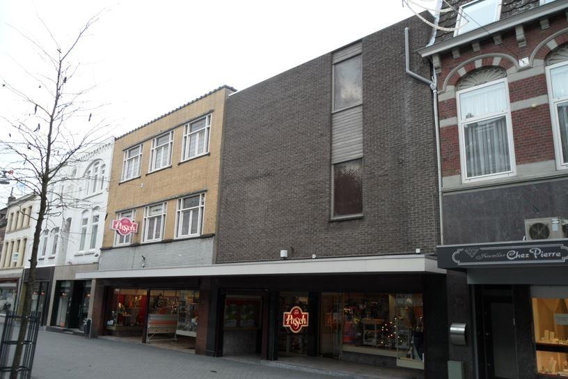 Bekijk foto 1 van Oranje Nassaustraat 20