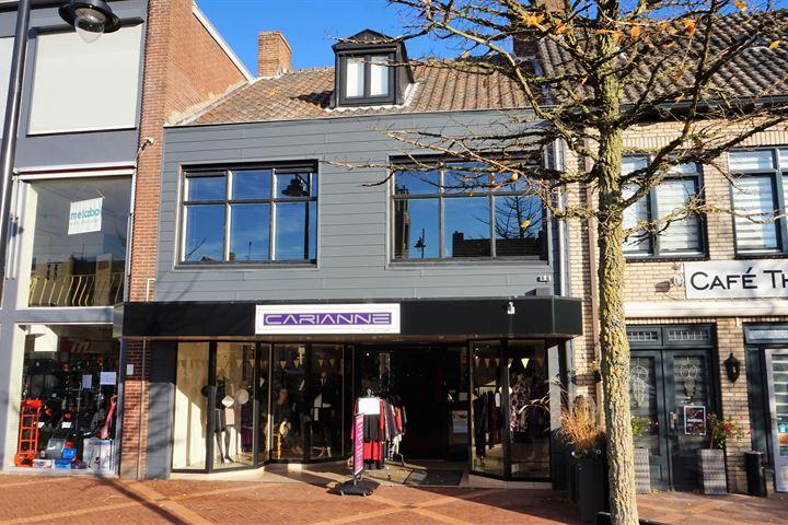 Markt 10, Oostburg