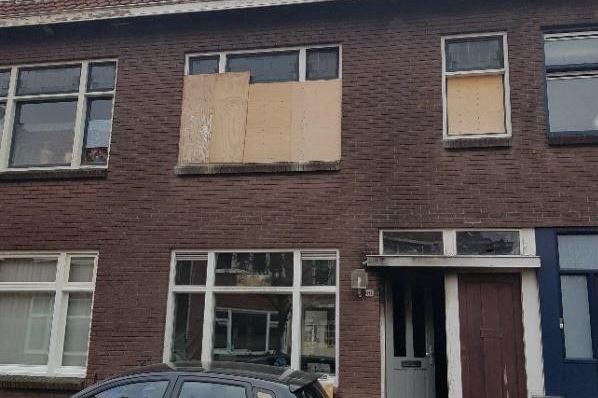 View photo 1 of Vossiusstraat 81