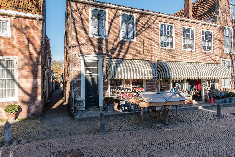 Bekijk foto 2 van Markt 18-20