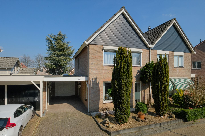 8d0722fda33 Huis te koop: Willy Albertistraat 17 7558 ZZ Hengelo (OV) [funda]
