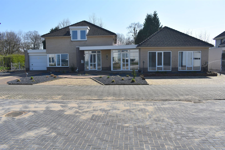 Bekijk foto 1 van Rijksweg 35 e