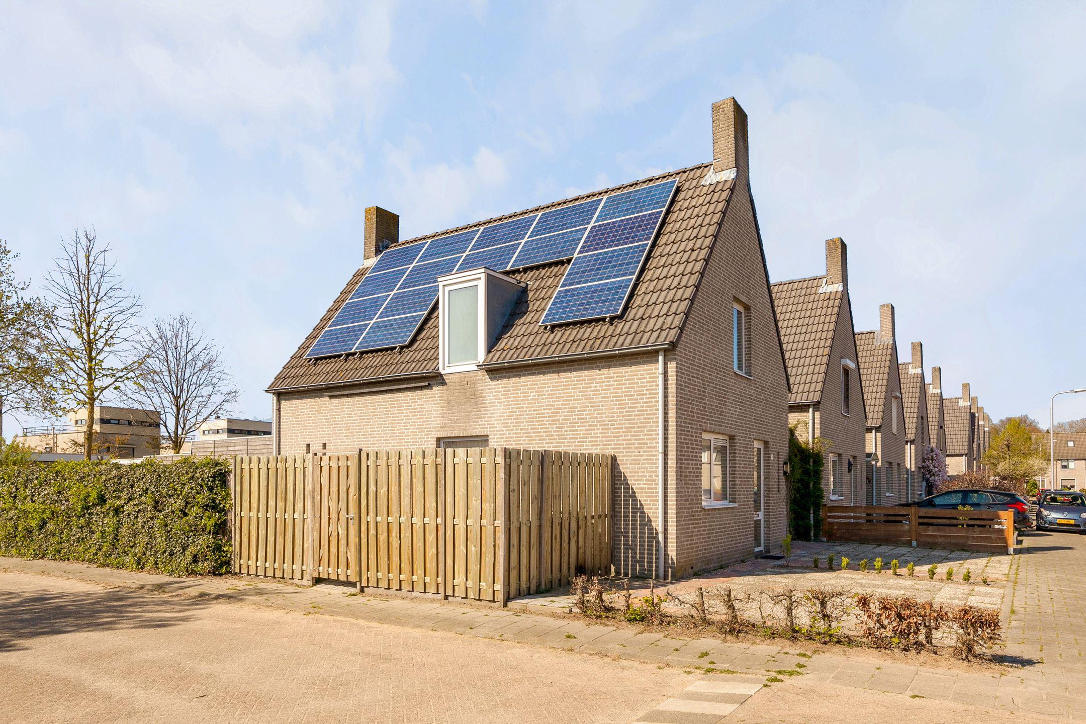 527e09a6ba6 Huis te koop: Herwijnenstraat 17 5045 GP Tilburg [funda]