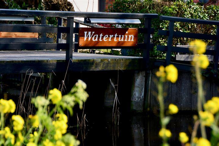 Watertuin 63