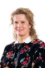 Mariska van Essen  - Commercieel medewerker