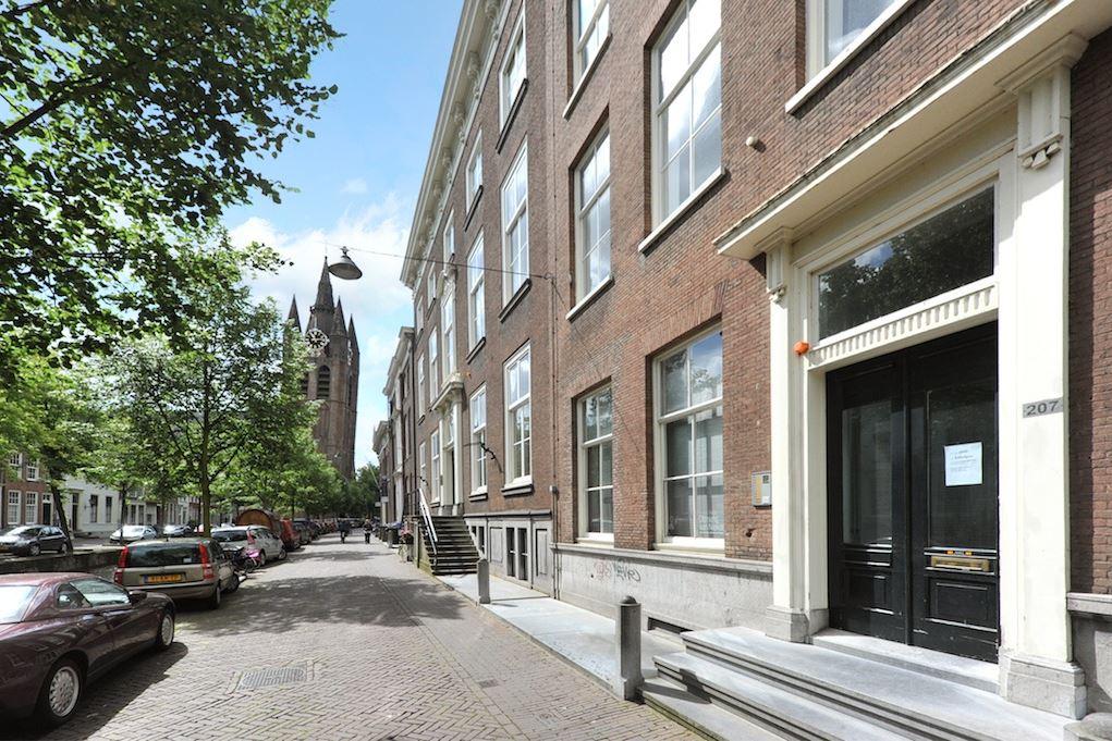 Bekijk foto 2 van Oude Delft 205