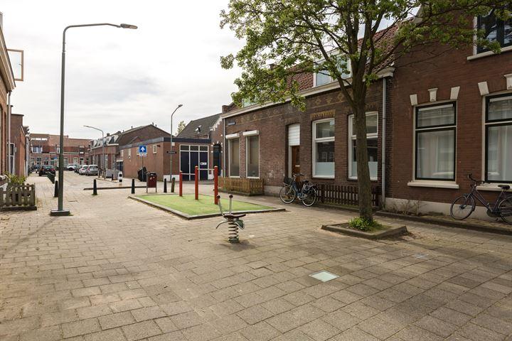 Lombokstraat 19