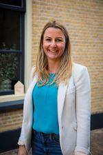 Sabine Oostlander (Commercieel medewerker)