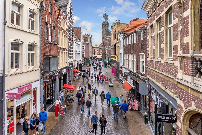 Bekijk foto 2 van Lomstraat 18