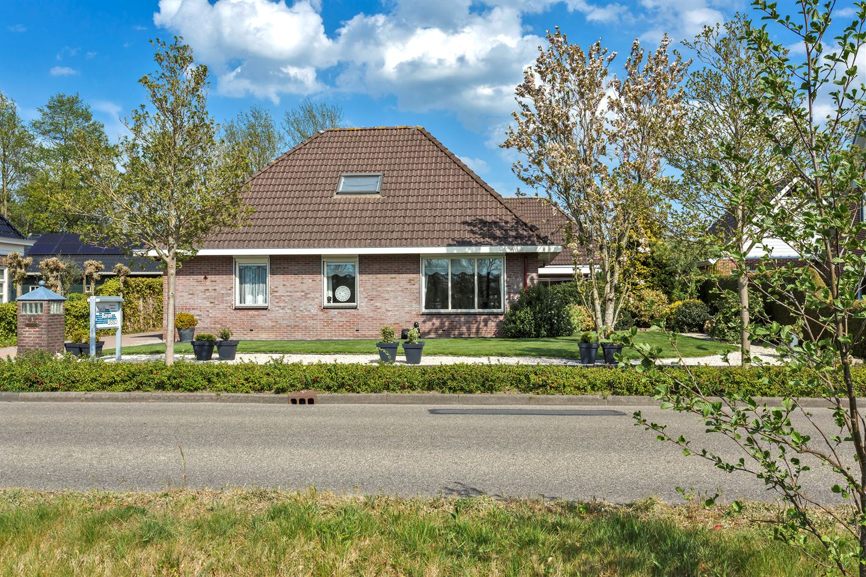Bekijk foto 2 van Lutjegasterweg 42