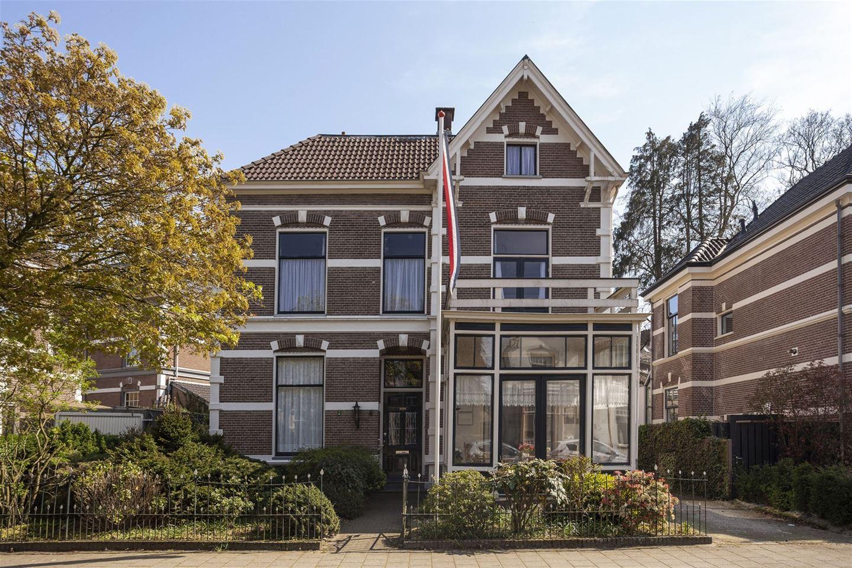 View photo 1 of Daendelsweg 8