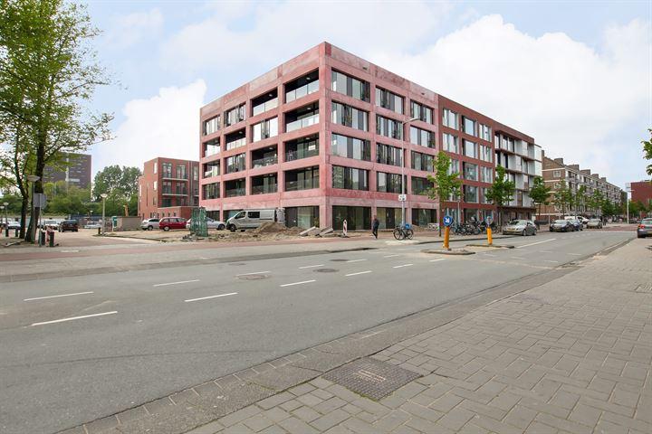 Jan Tooropstraat 105