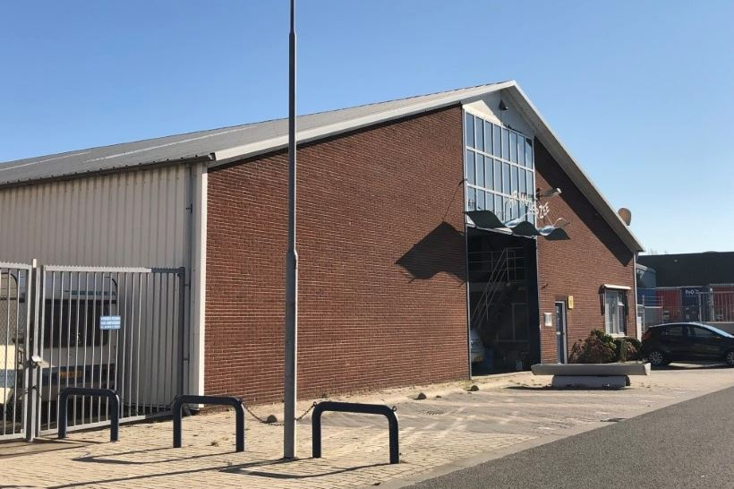 Bekijk foto 2 van Industrieweg 9 B