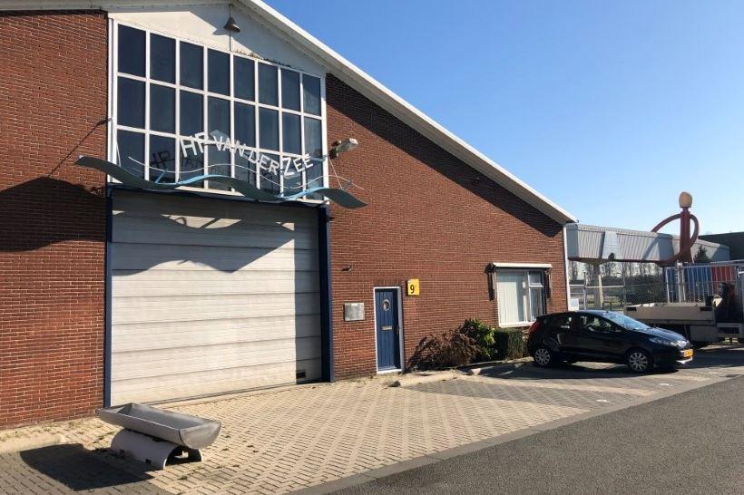 Bekijk foto 3 van Industrieweg 9 B