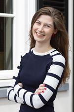 Annette Pol (Assistent-makelaar)