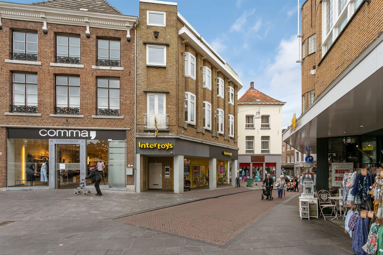 Bekijk foto 3 van Markt 8