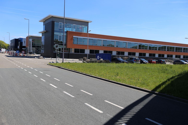 Bekijk foto 2 van Steenhouwerstraat 92 -120