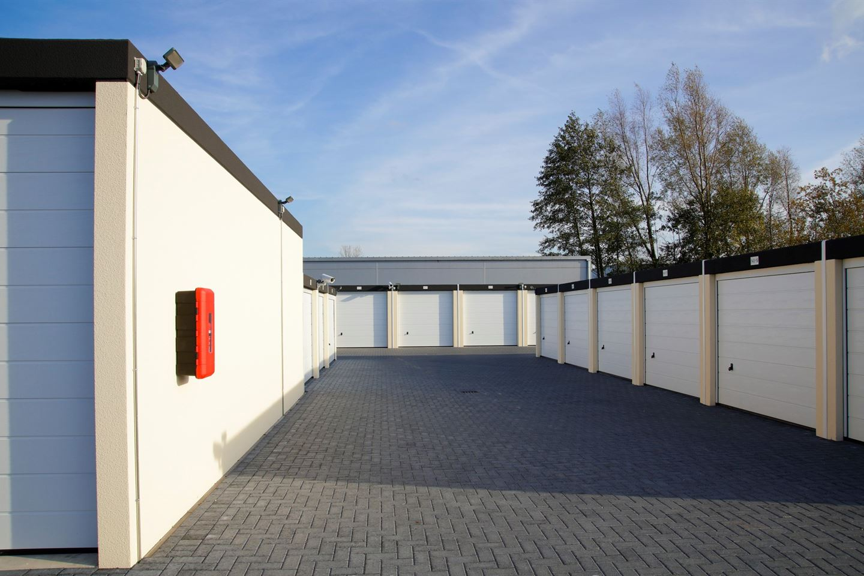 Bekijk foto 1 van Dorsvloerweg 3 - 367