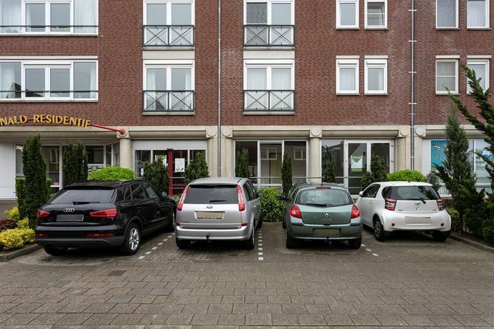 Graaf Reinaldstraat 7, Roermond