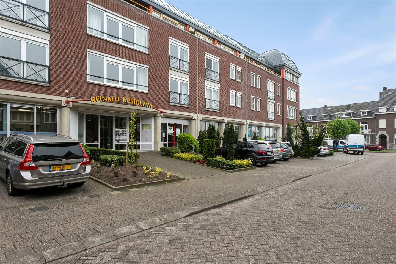Bekijk foto 3 van Graaf Reinaldstraat 7