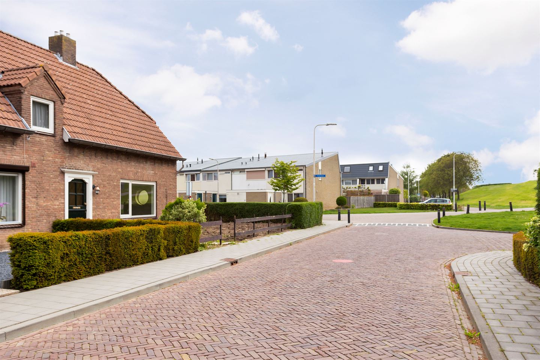 Bekijk foto 3 van Burchtgraafstraat 25