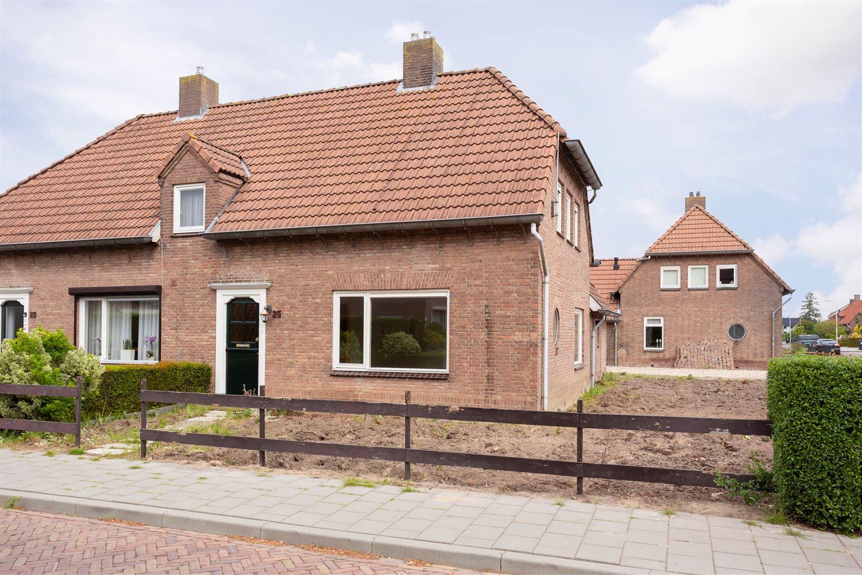 Bekijk foto 5 van Burchtgraafstraat 25
