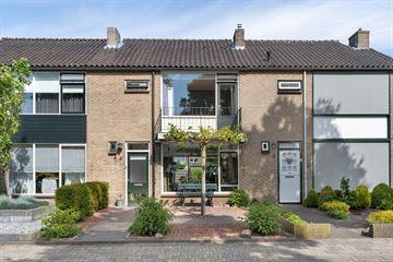 De Ruyterstraat 4