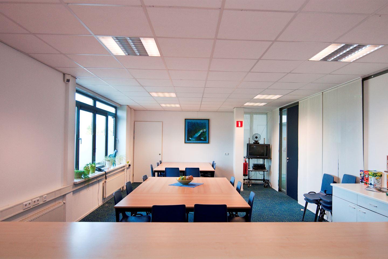Bekijk foto 2 van Steenbokstraat 33 *