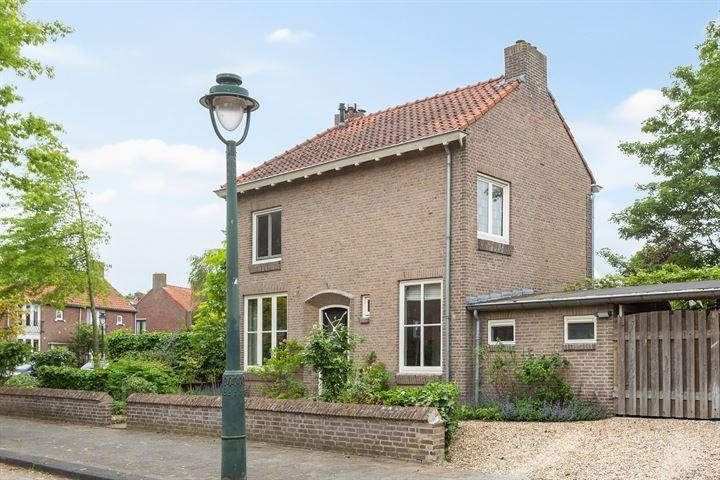Johannes Vermeerstraat 6