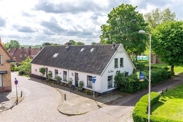 Oude Kerkhof 1