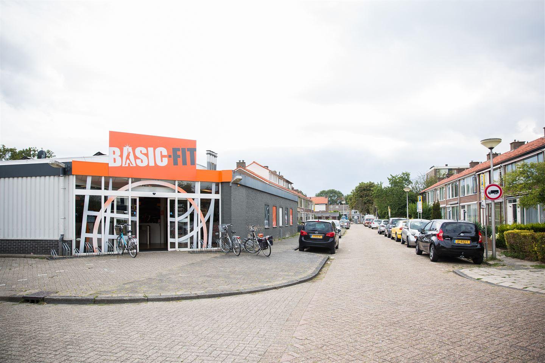 Bekijk foto 2 van A.M. de Jongstraat 6 -8