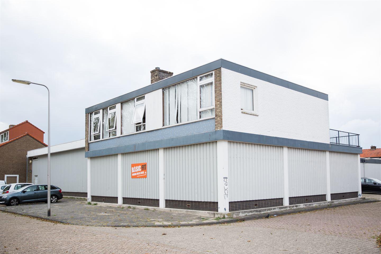 Bekijk foto 3 van A.M. de Jongstraat 6 -8