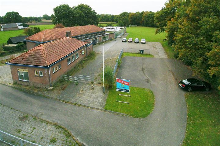 Friesestraatweg 12, Nijeveen