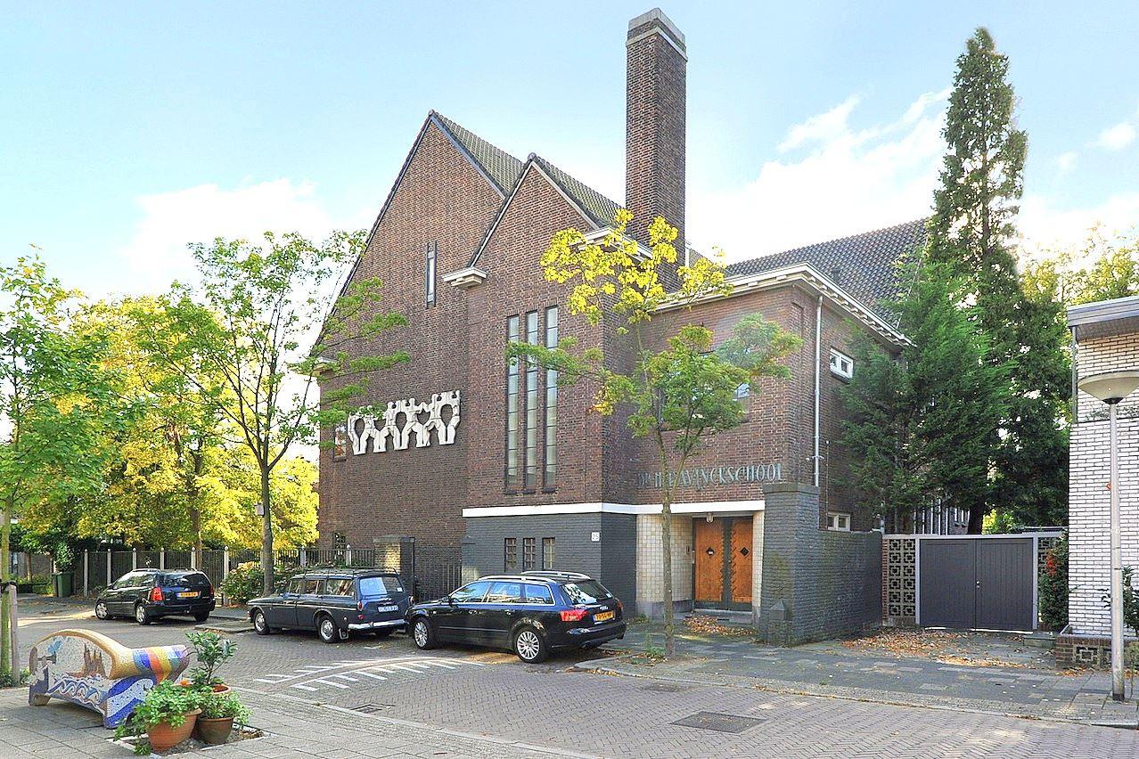 Bekijk foto 3 van Maerten Trompstraat 25