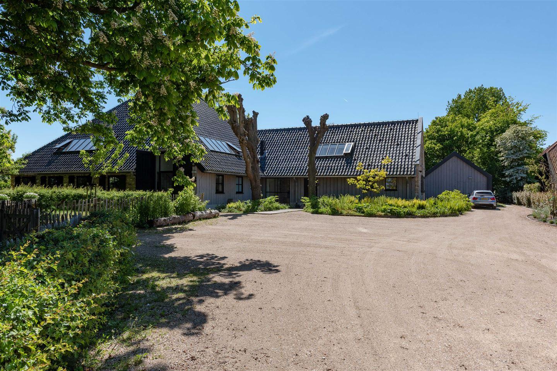 View photo 3 of Limmerweg 2