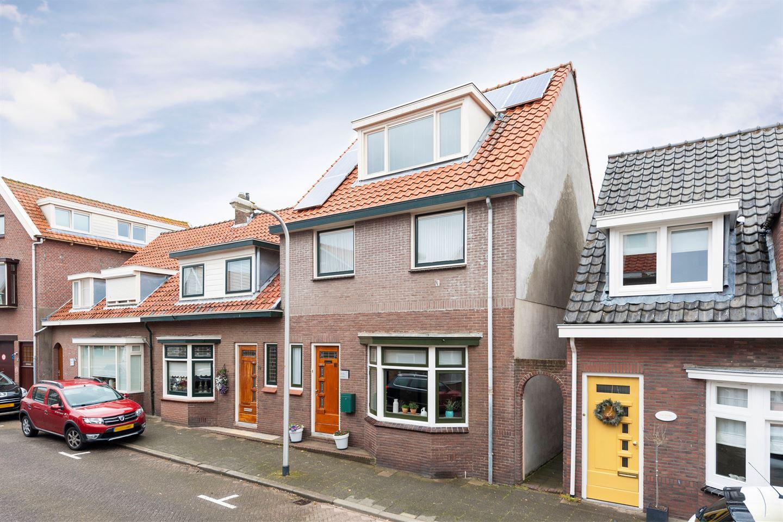 d3aec6f78e7 Huis te koop: Boorsmastraat 17 2225 KL Katwijk (ZH) [funda]