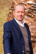 Marc van den Berg (NVM real estate agent)