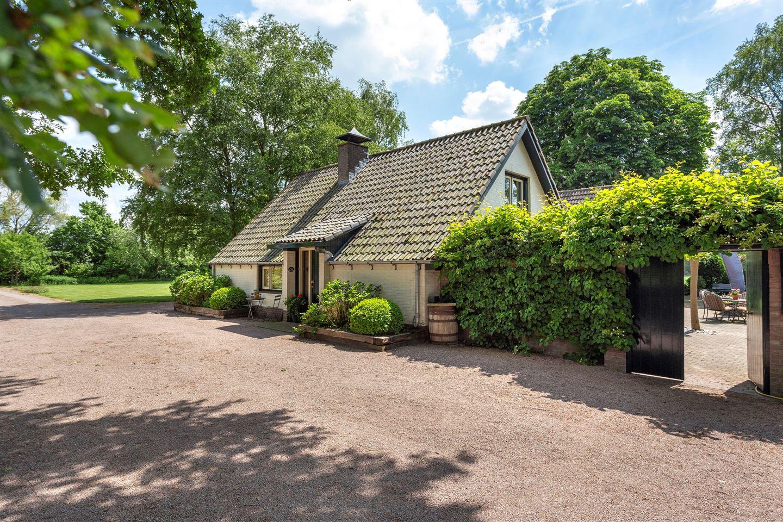 Bekijk foto 4 van Loenhorsterweg 17