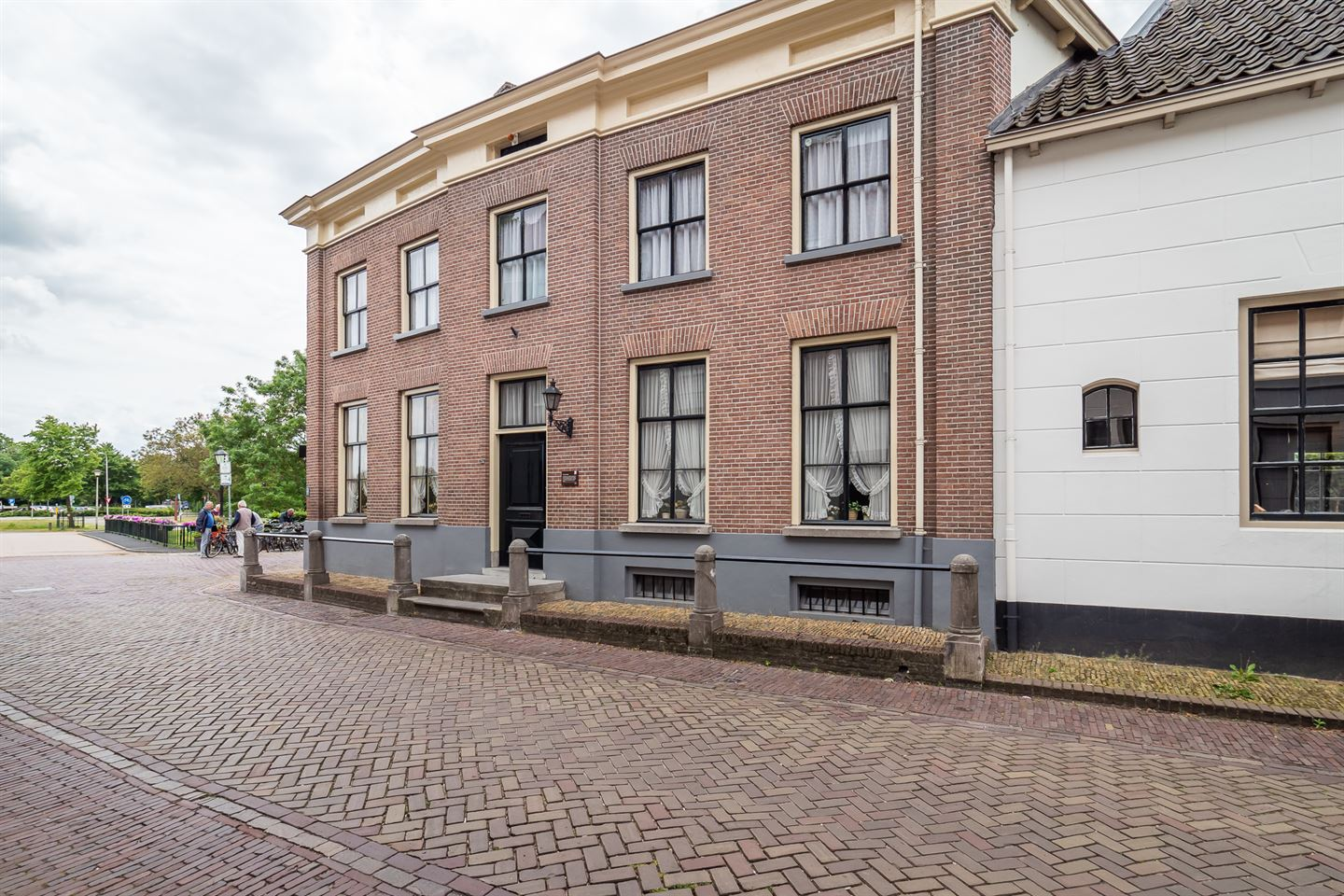 View photo 3 of Peperstraat 24
