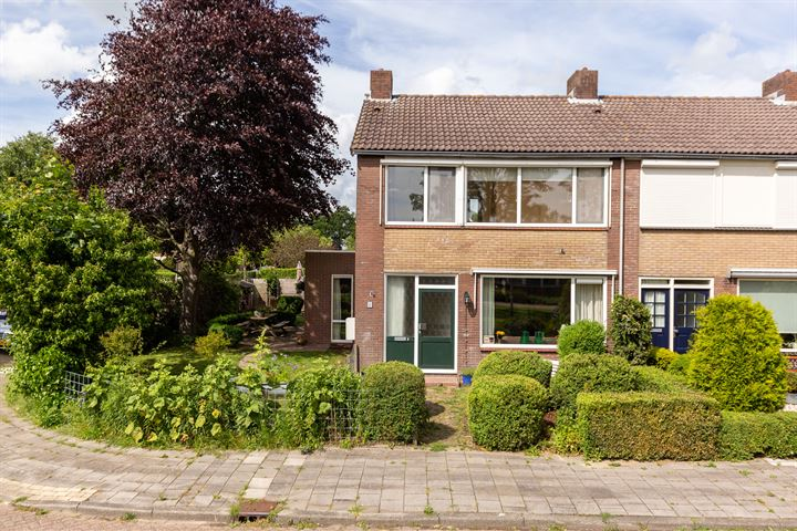 Bernardus Hollanderstraat 2