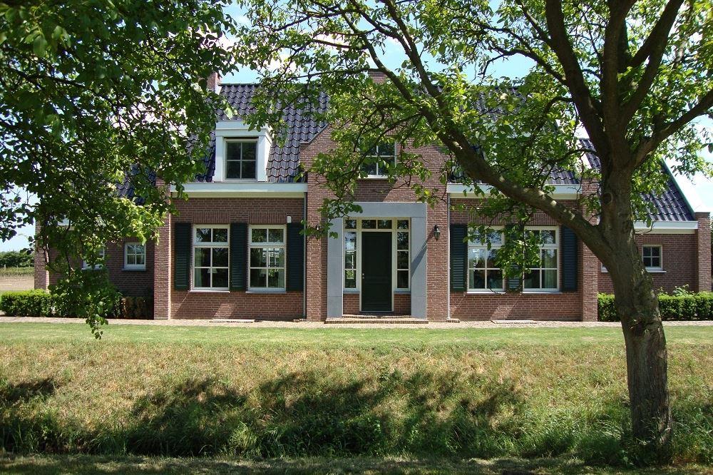 View photo 2 of Bulkstraat 51