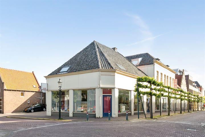 Molenstraat 44-48, Zevenbergen