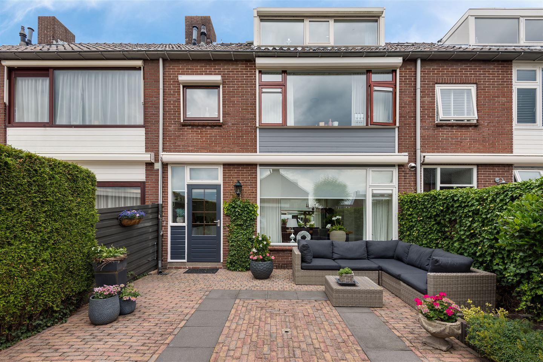 Bekijk foto 2 van Graaf Willemlaan 104