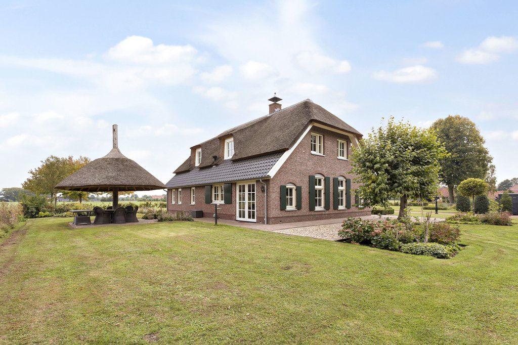 Bekijk foto 1 van Vrochterdijk 1