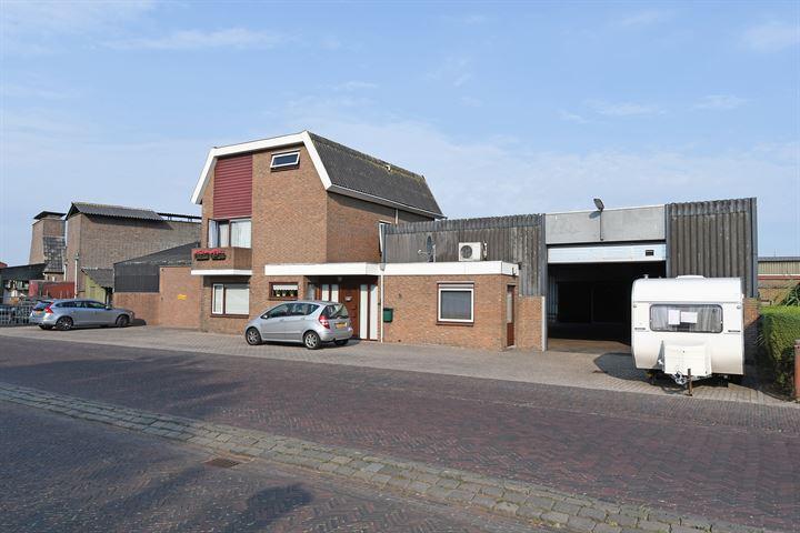 J.P. Broekhovenstraat 1 (A)