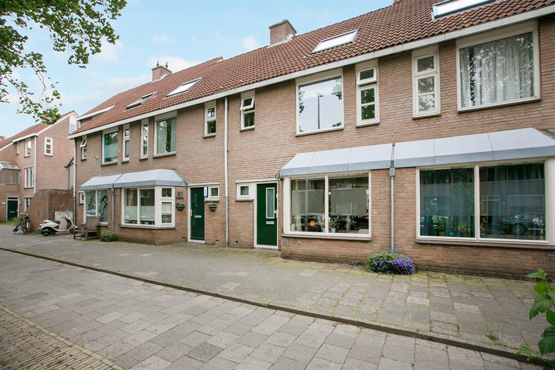 Bekijk foto 1 van Waalstraat 44