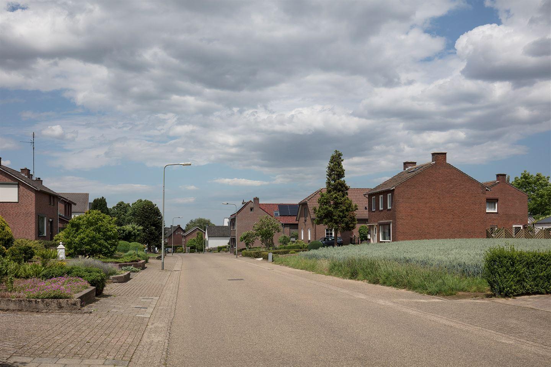 Bekijk foto 6 van Brugstraat