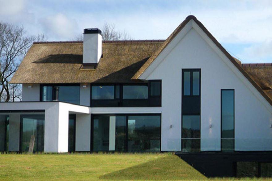 Bekijk foto 3 van Klein Oosterhout