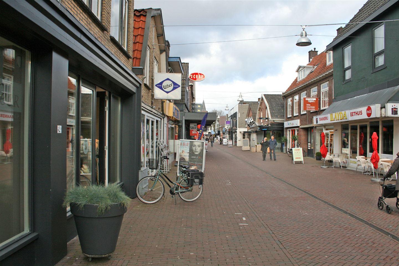 View photo 2 of Maandereind 38